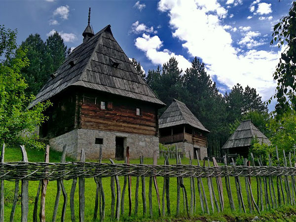 muzej-staro-selo-sirogojno